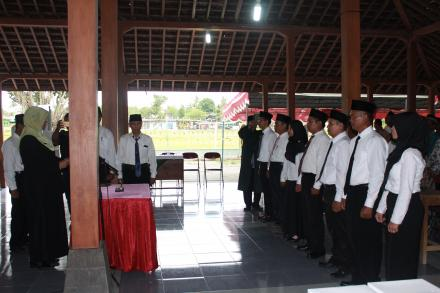 Peresmian Dan pengambilan sumpah anggota BPD Desa Canden oleh Ibu Camat Jetis