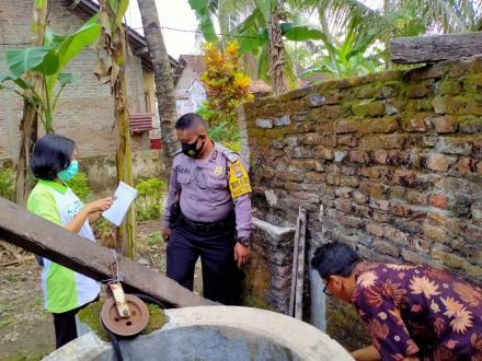 Pemberantasan Sarang Nyamuk di Dusun Wonolopo